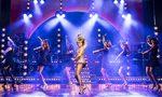 Comédie Musicale Londres - Tina Turner The Musical - Aldwych Theatre - Tina et ses danseuses copyright Manuel Harlan